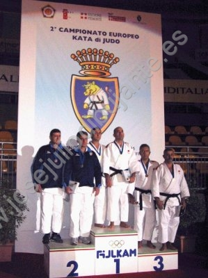 Bronce europeo Judo-Kata Turn 153.jpg